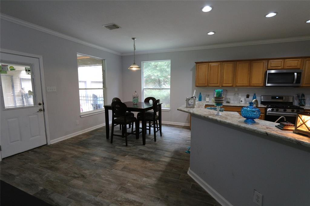 Pending | 29627 Spring Forest Drive Spring, TX 77386 3