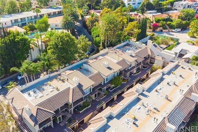 Off Market | 1942 Grace Avenue #124 Los Angeles, CA 90068 15