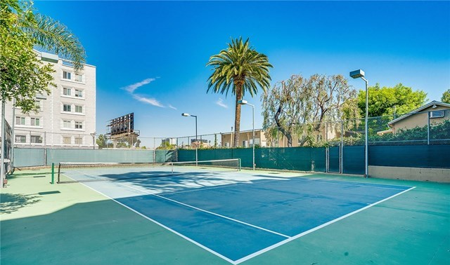 Off Market | 1942 Grace Avenue #124 Los Angeles, CA 90068 23