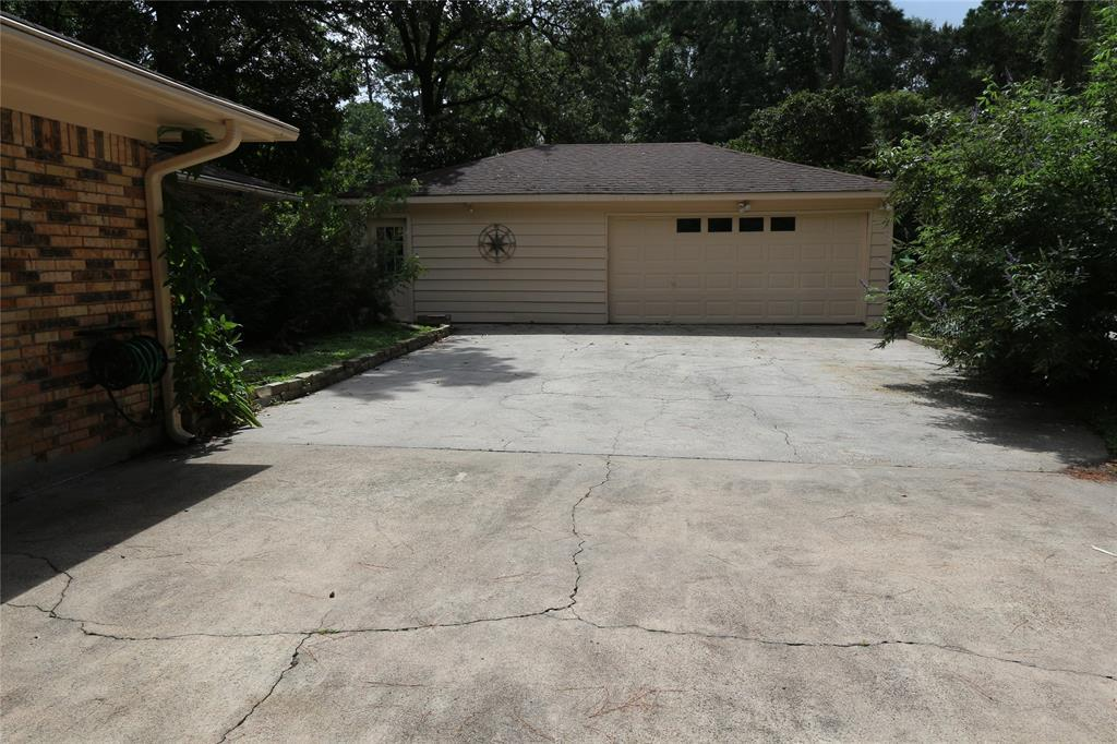 Off Market | 29626 Spring Forest Drive Spring, Texas 77386 44