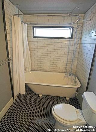 Property for Rent | 214 Lucas St  San Antonio, TX 78209 6
