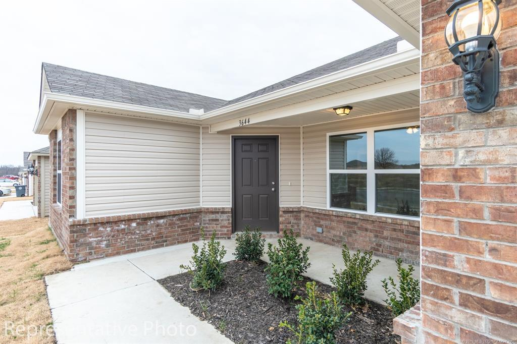 Active | 2011 Orchid Lane Claremore, OK 74019 3