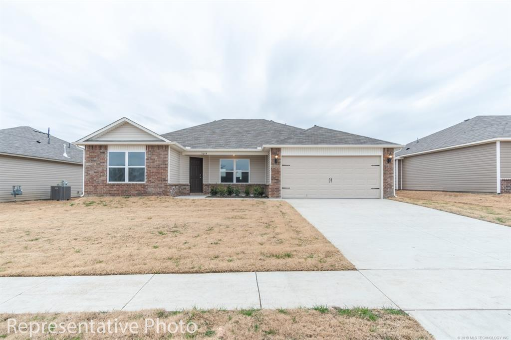 Active | 2011 Orchid Lane Claremore, OK 74019 7