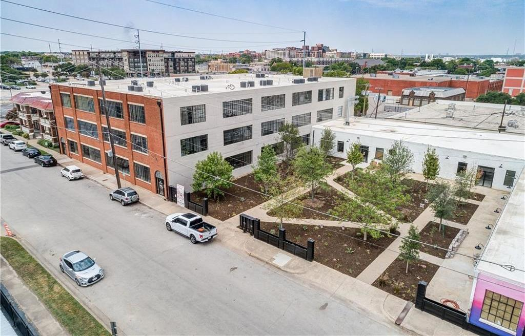 Active | 120 St. Louis Avenue #309 Fort Worth, Texas 76104 0