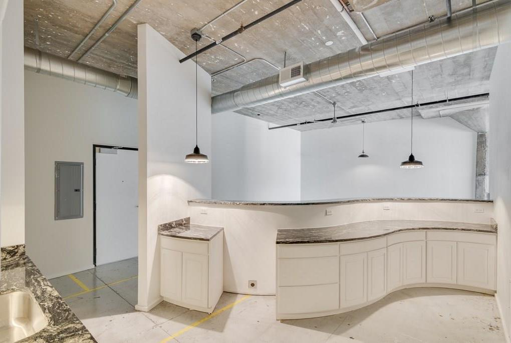 Active | 120 St. Louis Avenue #309 Fort Worth, Texas 76104 3