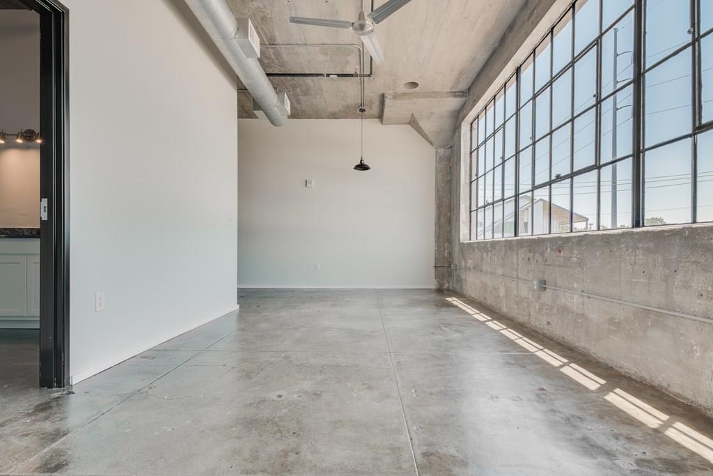 Active | 120 St. Louis Avenue #309 Fort Worth, Texas 76104 4