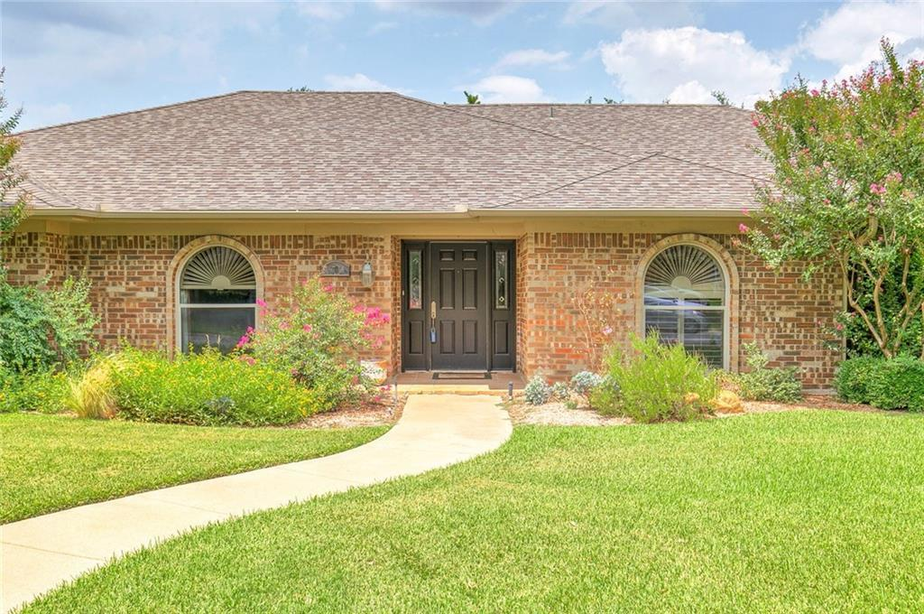 Sold Property | 6700 Meadows West Drive Fort Worth, TX 76132 3