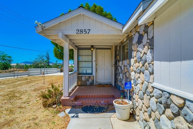 Closed   2857 Cross Street Riverside, CA 92503 8