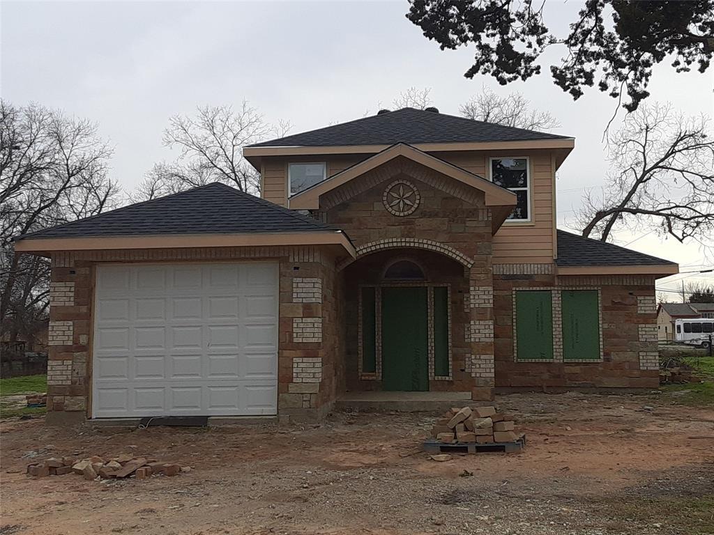 Active   1422 Claude  Street Dallas, TX 75203 0