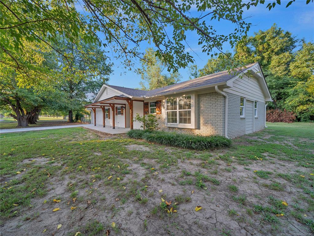 Off Market | 7105 E Hansford Road Claremore, Oklahoma 74019 2