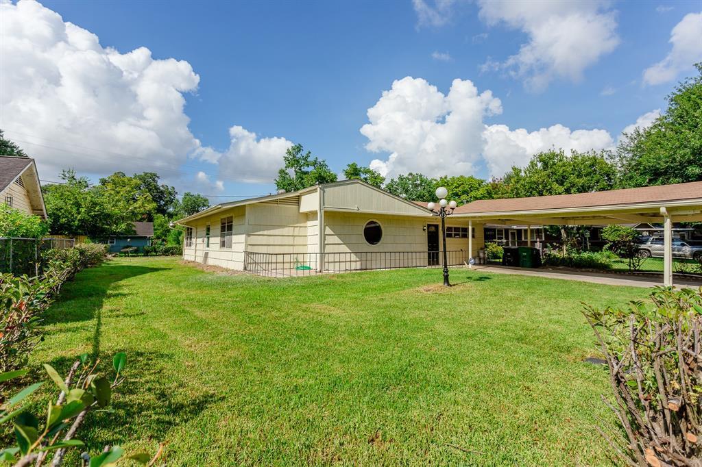 Off Market | 5626 Lyndhurst Drive Houston, Texas 77033 14
