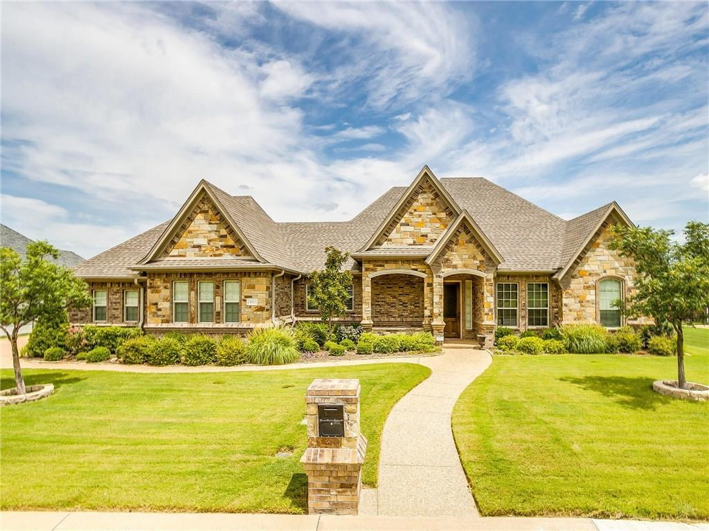 Active | 1405 Valley Crest Drive Burleson, TX 76028 0