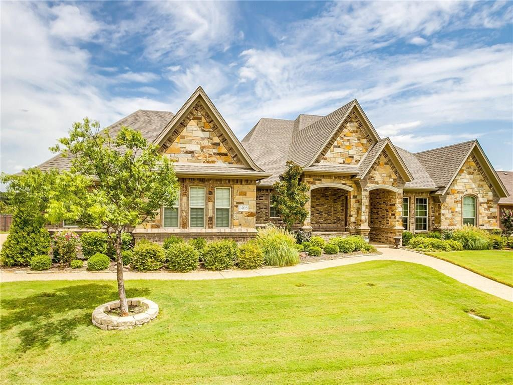 Active | 1405 Valley Crest Drive Burleson, TX 76028 3