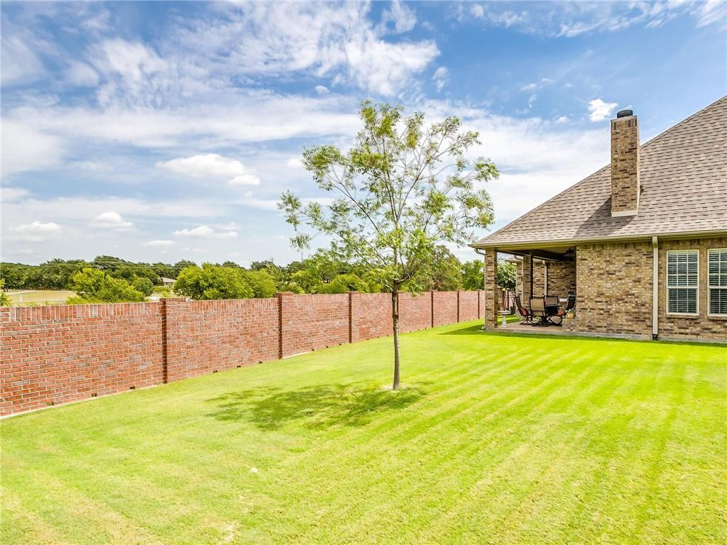 Active | 1405 Valley Crest Drive Burleson, TX 76028 33