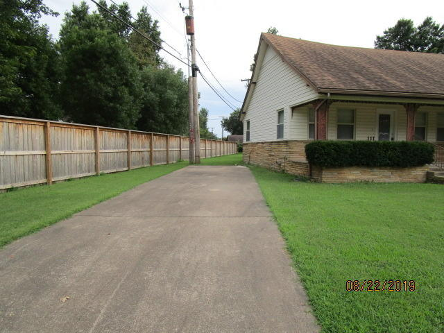 Pending | 111 Mockingbird Lane Vinita, OK 74301 1