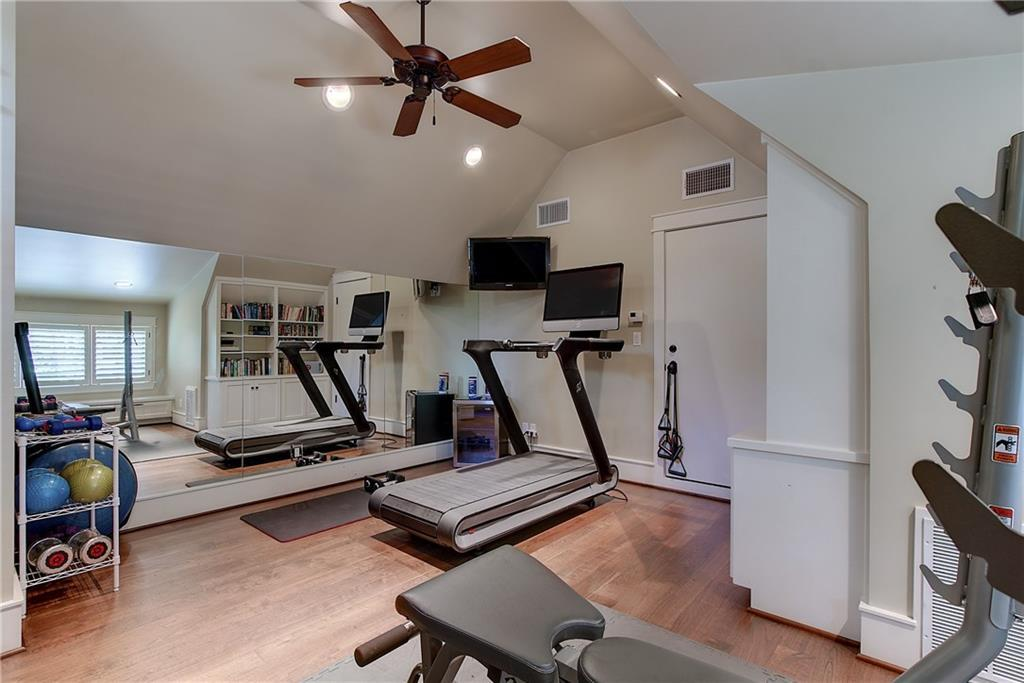 Sold Property   4907 Rollingwood  DR Rollingwood, TX 78746 32