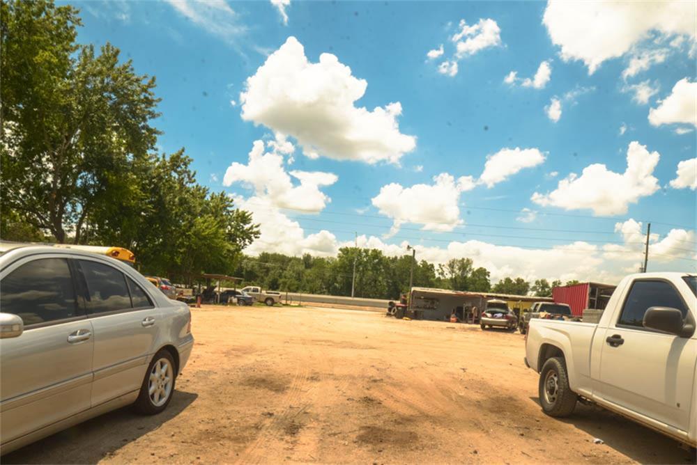 Active | 16738 Alief Clodine Road Houston, TX 77082 4