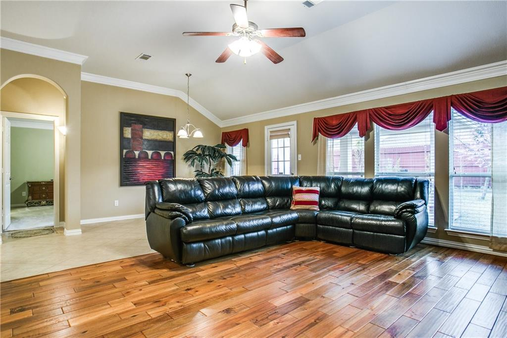Sold Property | 4939 Marsh Harrier Avenue Grand Prairie, Texas 75052 8
