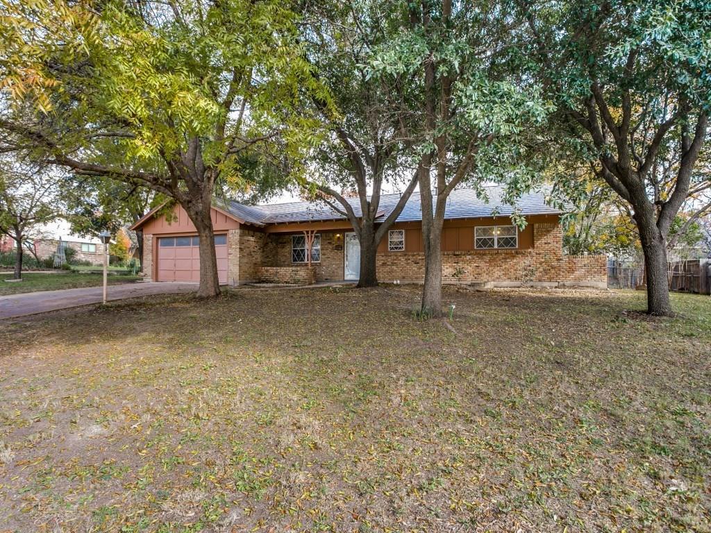 Sold Property | 3825 Marys Creek Drive Benbrook, Texas 76116 2