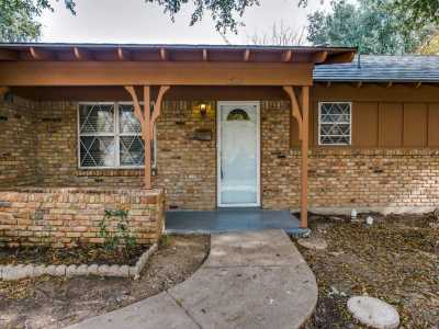 Sold Property | 3825 Marys Creek Drive Benbrook, Texas 76116 5