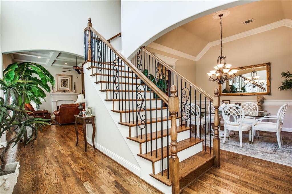 Sold Property | 6438 Del Norte Lane Dallas, Texas 75225 3