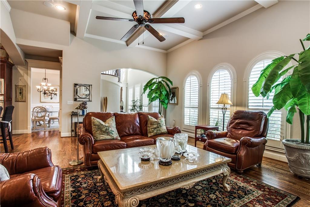 Sold Property | 6438 Del Norte Lane Dallas, Texas 75225 4