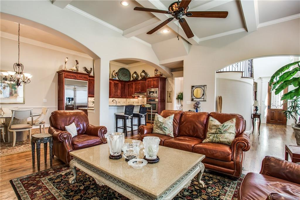 Sold Property | 6438 Del Norte Lane Dallas, Texas 75225 6