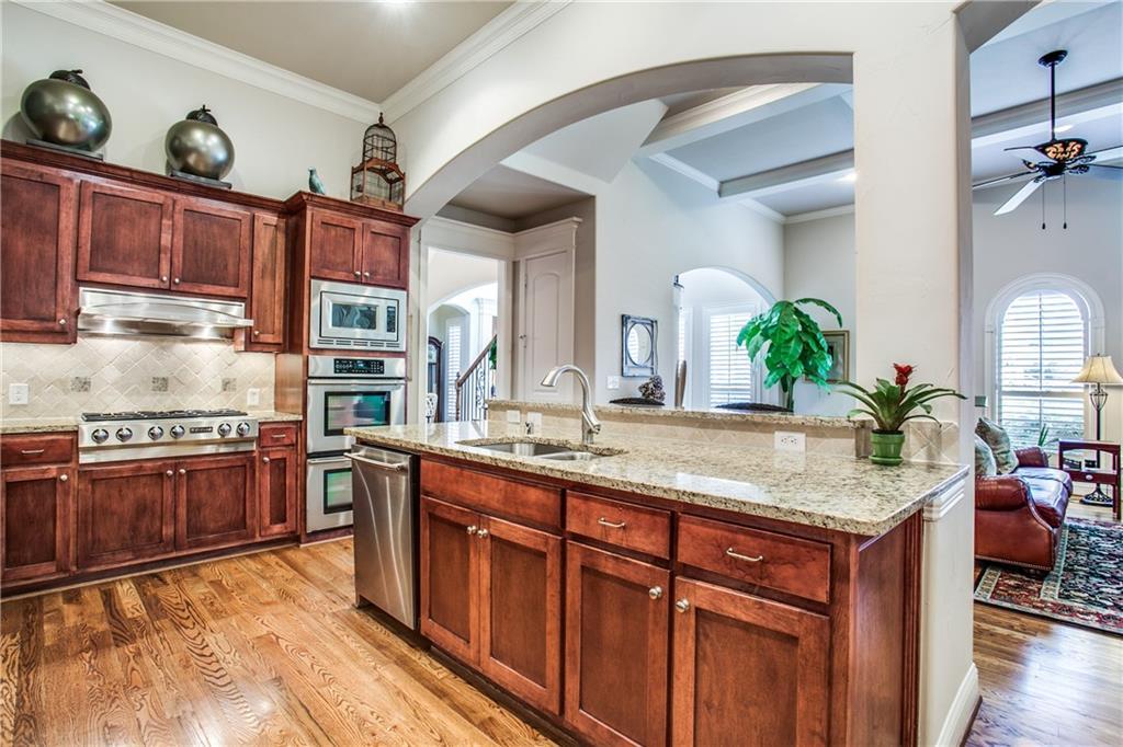 Sold Property | 6438 Del Norte Lane Dallas, Texas 75225 10