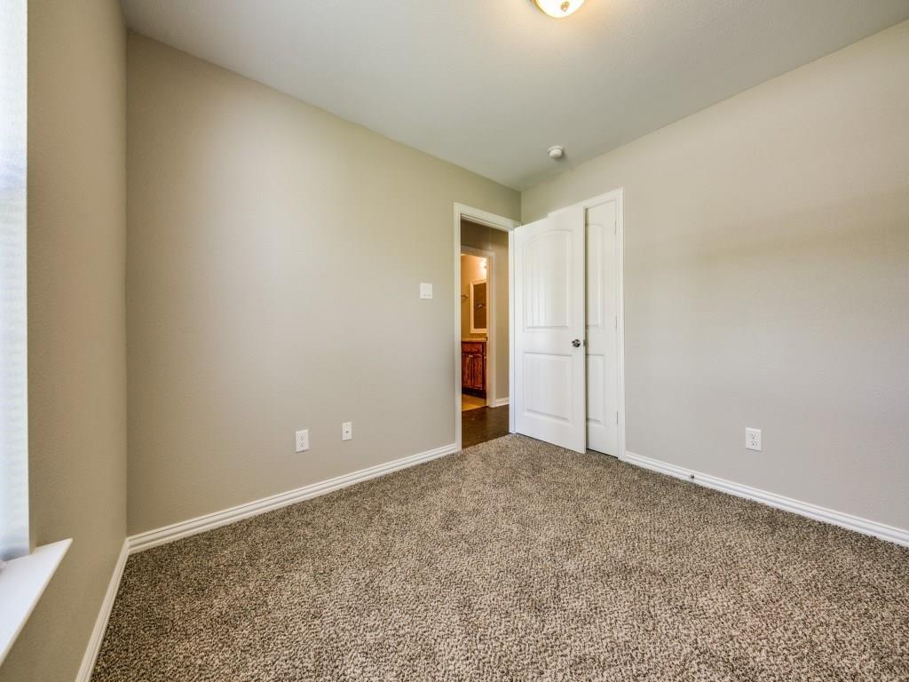 Sold Property | 4016 Meredith Avenue Cockrell Hill, Texas 75211 17