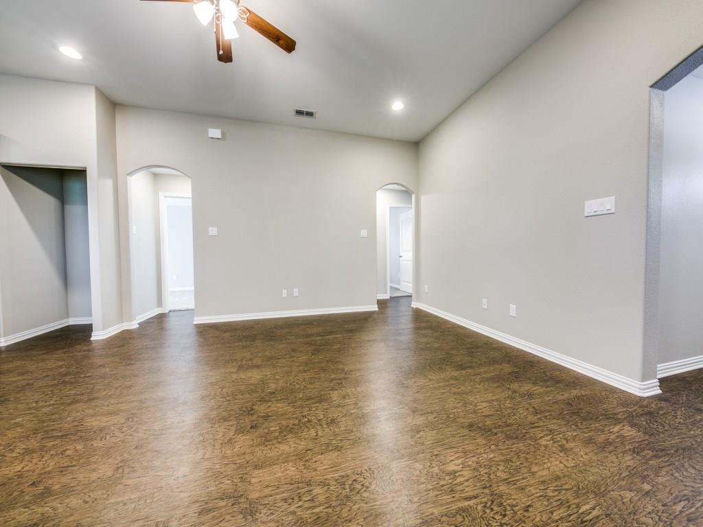 Sold Property | 4016 Meredith Avenue Cockrell Hill, Texas 75211 20