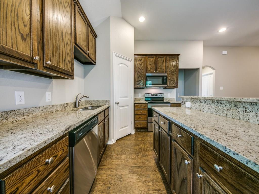 Sold Property | 4016 Meredith Avenue Cockrell Hill, Texas 75211 9