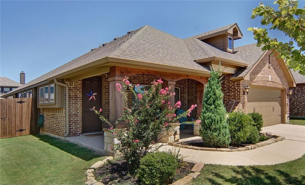 Sold Property | 1692 Laramie Lane Burleson, Texas 76028 2