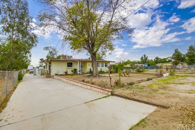 Closed | 16815 San Jacinto Avenue Fontana, CA 92336 2