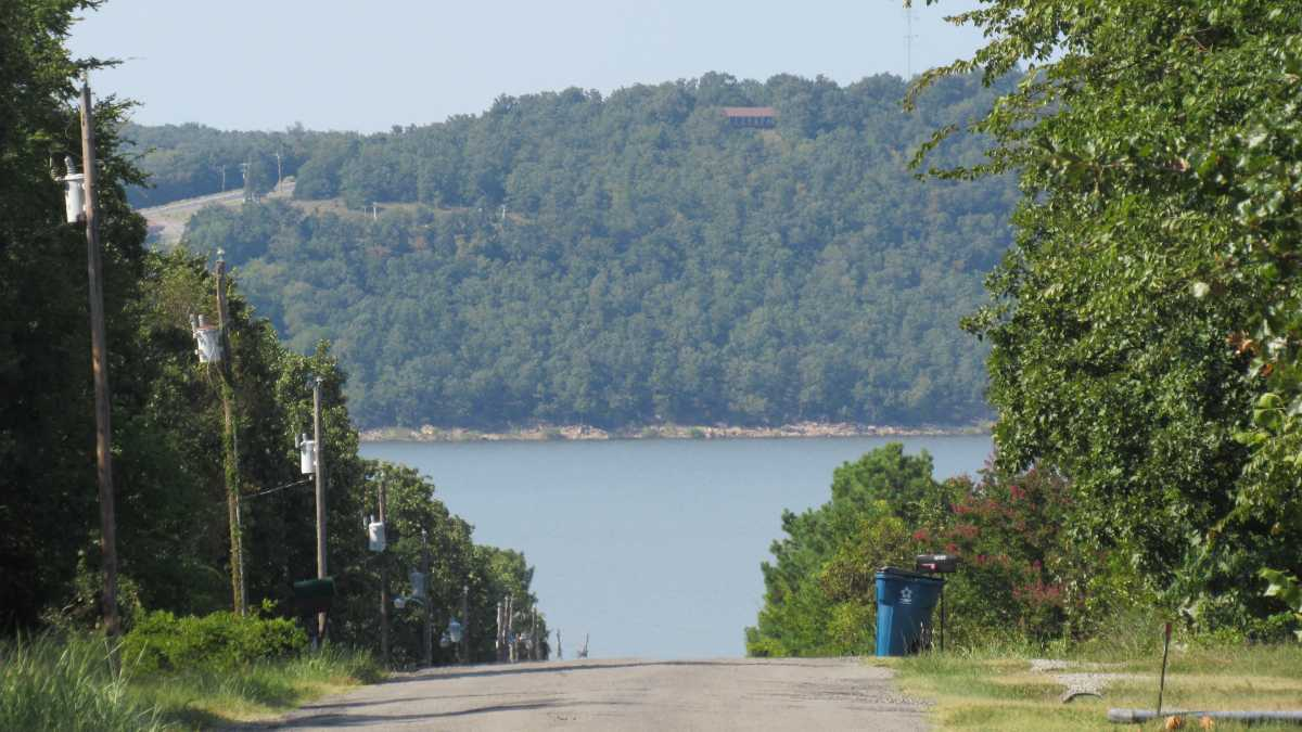 Eufaula lake  | 2068 Bristow Point Road  Mcalester , OK 74501 19