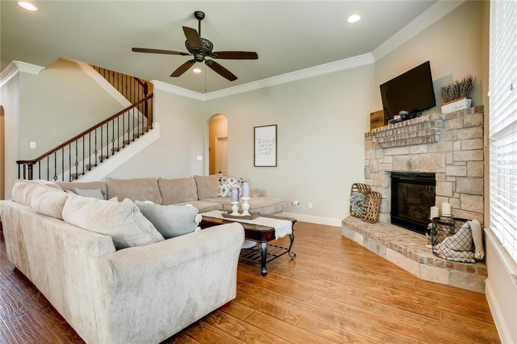 Sold Property | 421 Coral Vine Lane Burleson, TX 76028 0
