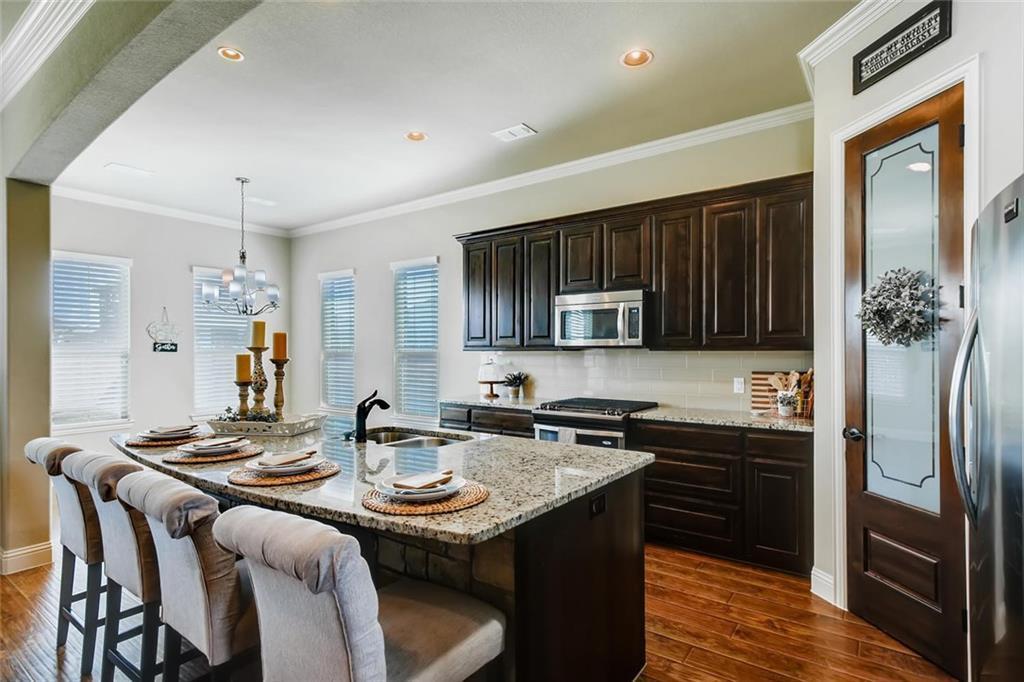 Sold Property | 421 Coral Vine Lane Burleson, TX 76028 2