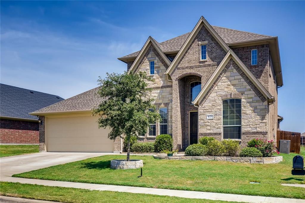 Sold Property | 421 Coral Vine Lane Burleson, TX 76028 4