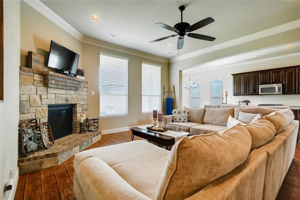 Sold Property | 421 Coral Vine Lane Burleson, TX 76028 6