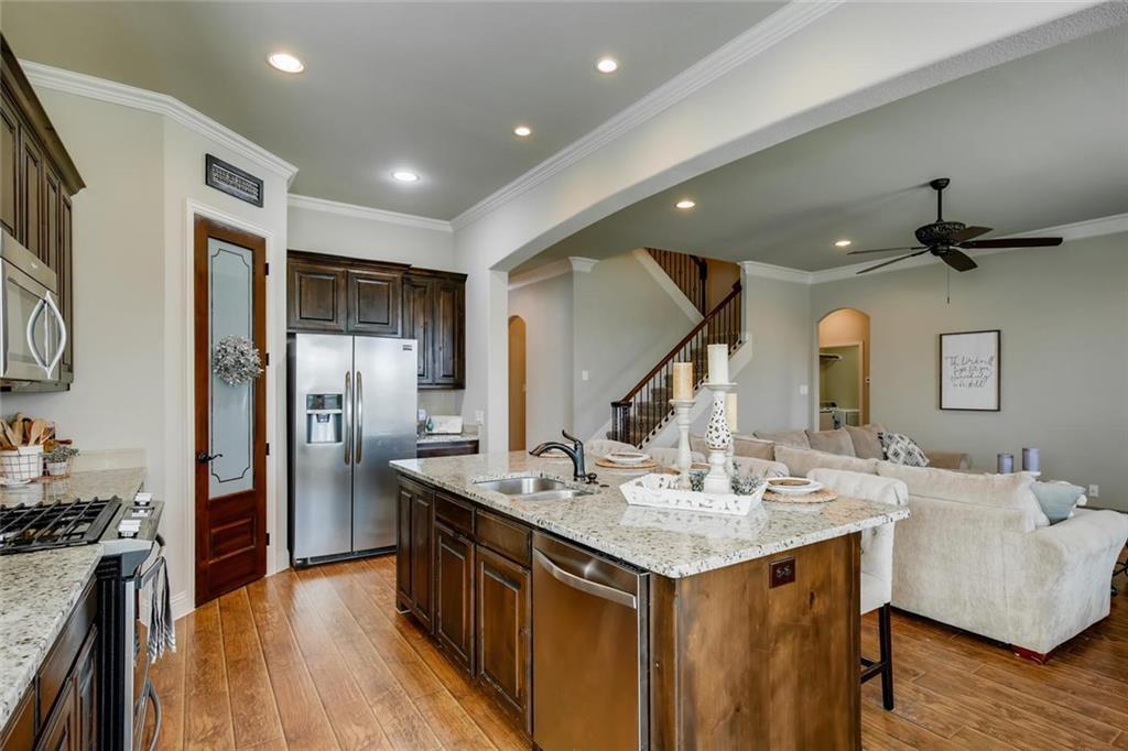 Sold Property | 421 Coral Vine Lane Burleson, TX 76028 8