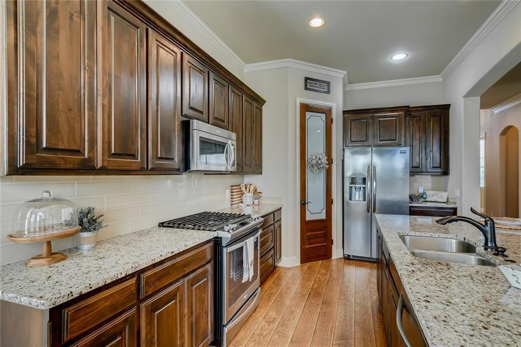 Sold Property | 421 Coral Vine Lane Burleson, TX 76028 9