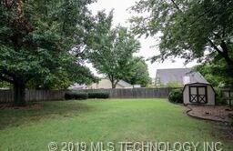 Off Market   3309 S Fir Avenue Broken Arrow, Oklahoma 74012 26