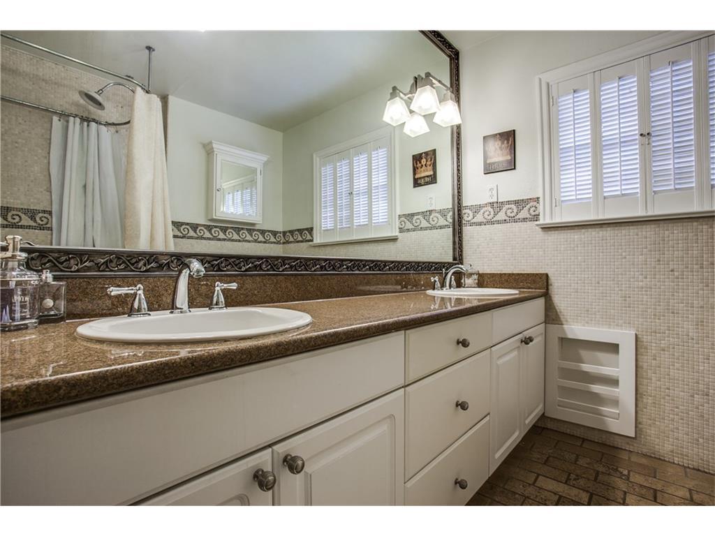 Sold Property | 1507 Eastus Drive Dallas, Texas 75208 15