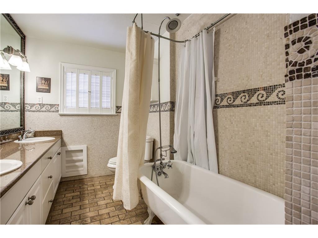 Sold Property | 1507 Eastus Drive Dallas, Texas 75208 16
