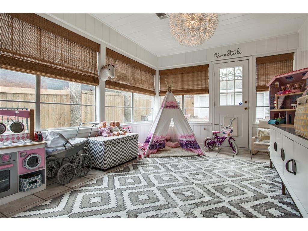 Sold Property | 1507 Eastus Drive Dallas, Texas 75208 20