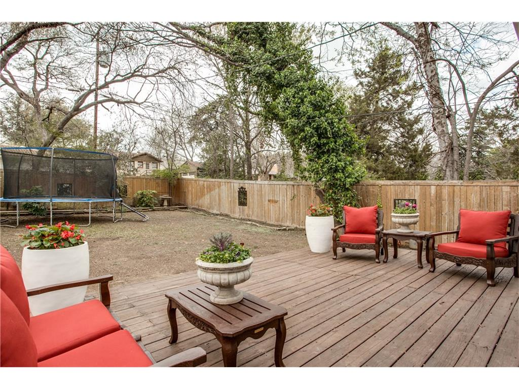 Sold Property | 1507 Eastus Drive Dallas, Texas 75208 21