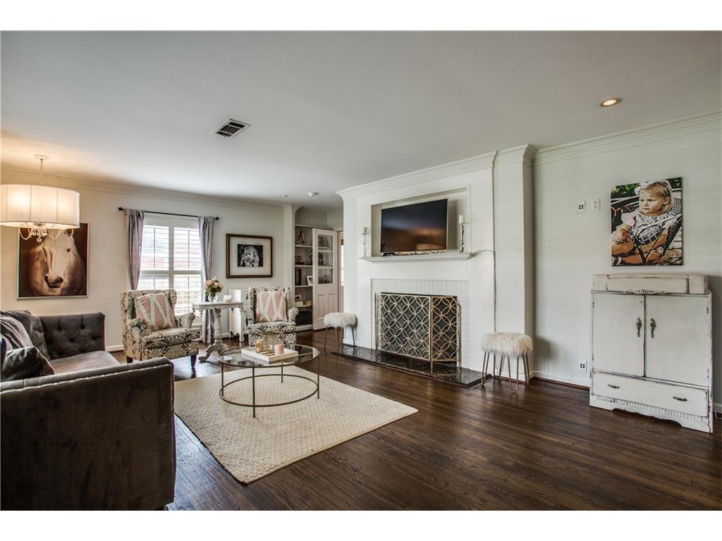 Sold Property | 1507 Eastus Drive Dallas, Texas 75208 3