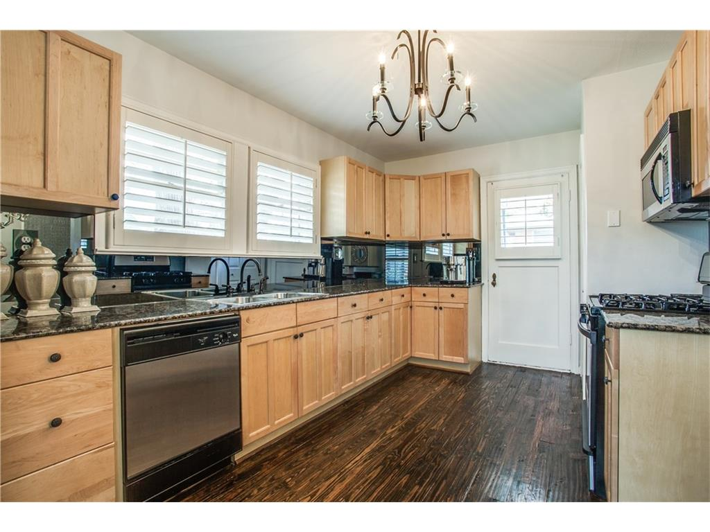 Sold Property | 1507 Eastus Drive Dallas, Texas 75208 7
