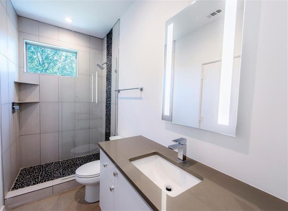 Sold Property | 2222 N Prairie Avenue #2 Dallas, Texas 75204 4
