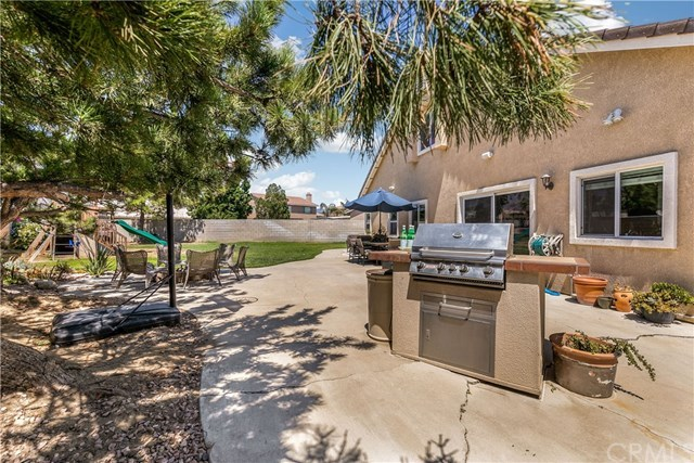 Closed | 7122 Revere Way Fontana, CA 92336 16