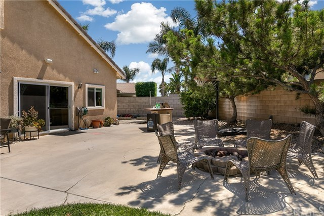 Closed | 7122 Revere Way Fontana, CA 92336 19